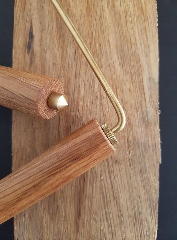 détails de fabrication des baguettes de sourcier